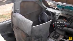 171118_uparm_SUV_abuKamal-DRIVER SEAT